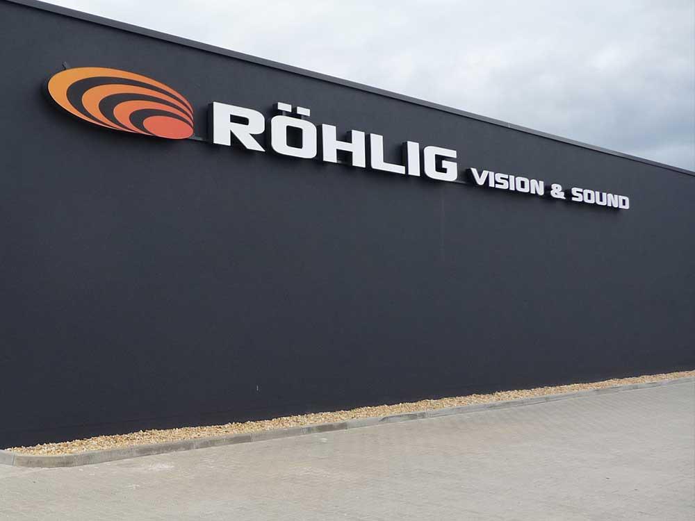 Leuchtschrift -Röhlig Vision & Sound - Werbepylon.de