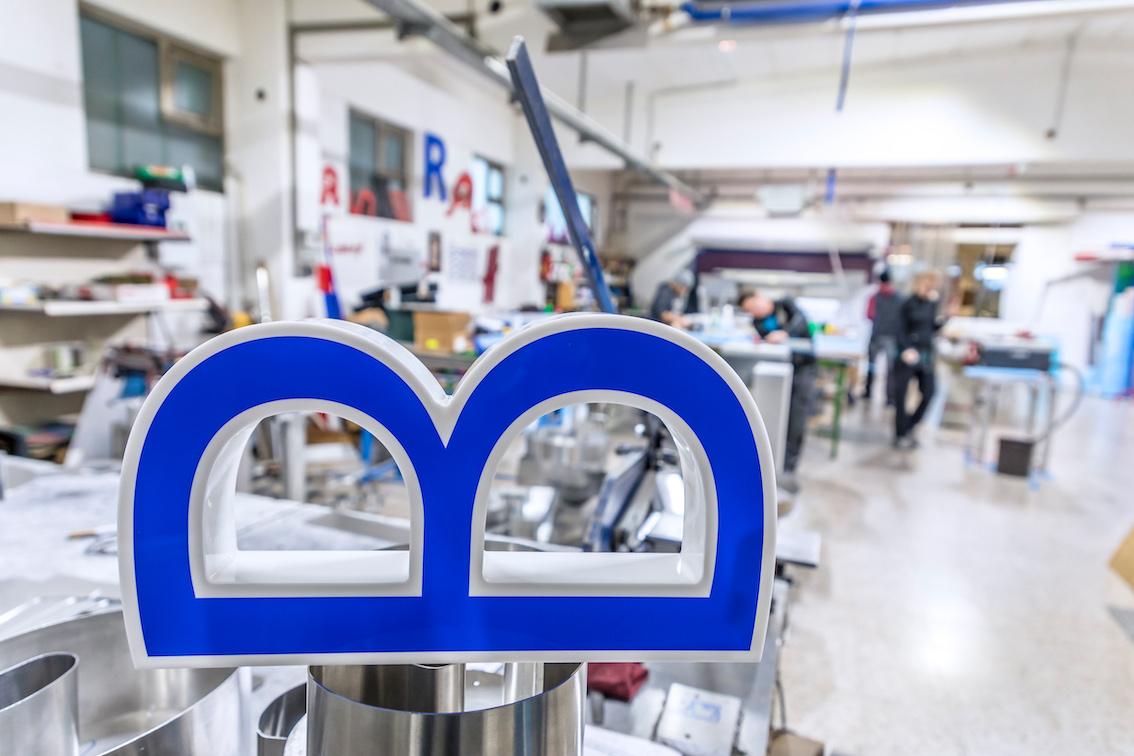 Blauer LED Einzelbuchstaben Herstellung