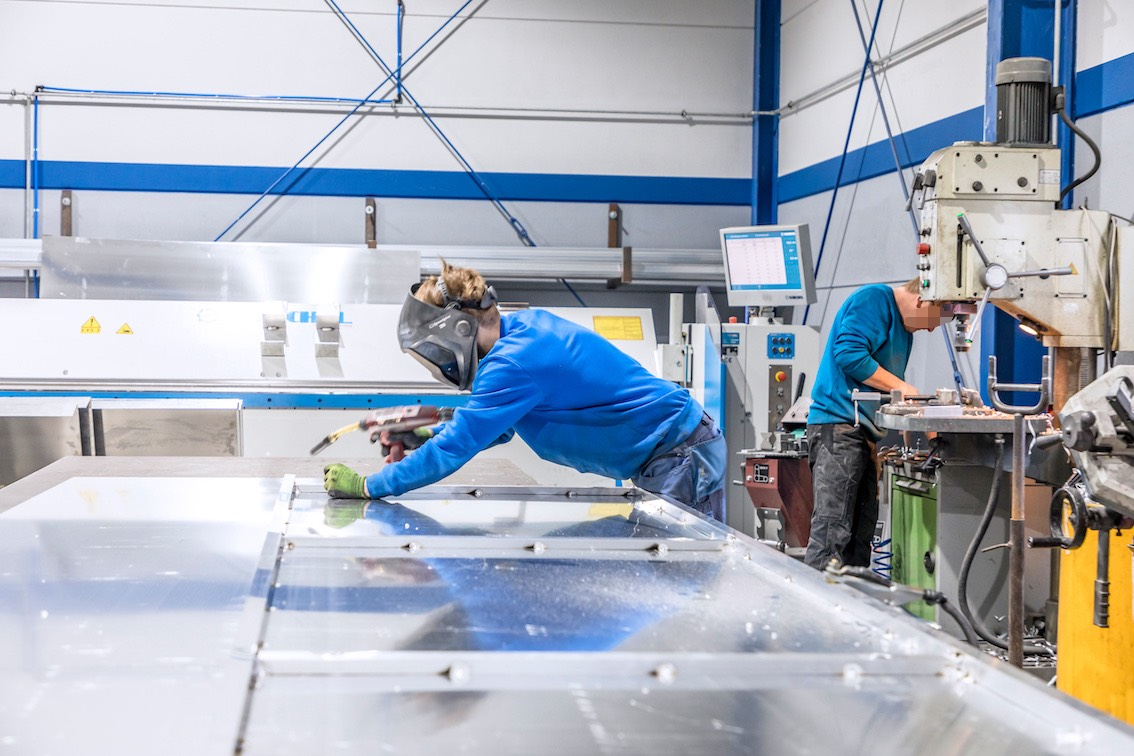 Herstellung-Leuchtreklame-in-Bayern-Pfreimd