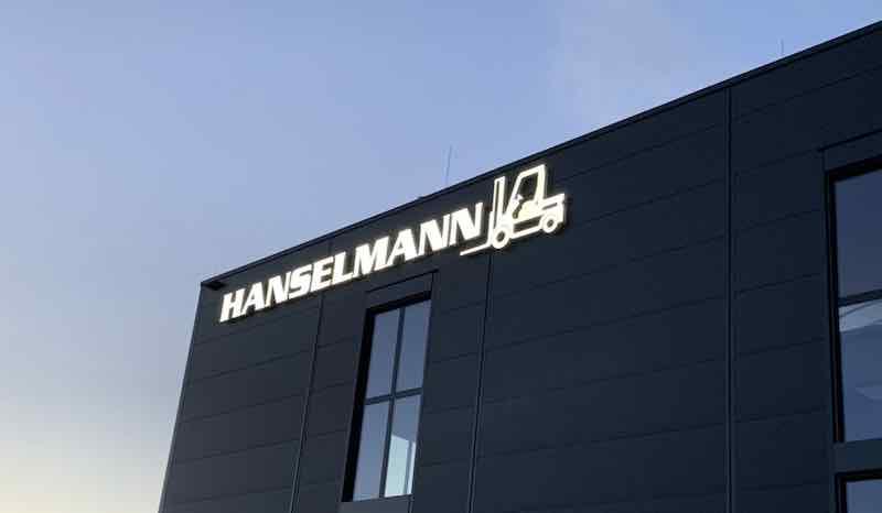 Schriftzug Halle Hanselmann